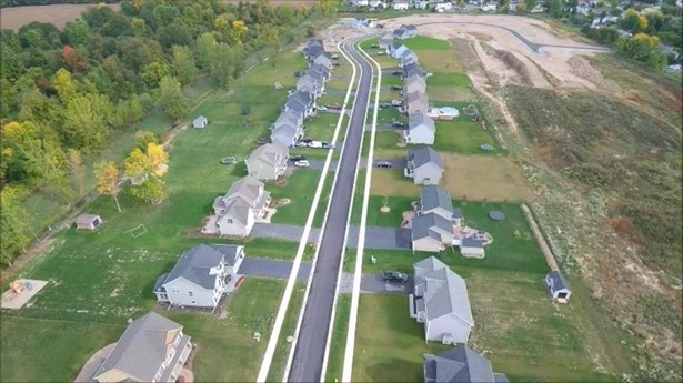 112 Country Village Lane, Parma, NY - USA (photo 4)