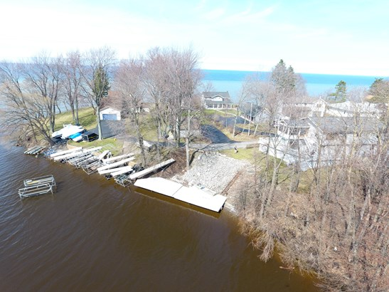 2219 Lake Road, Ontario, NY - USA (photo 2)