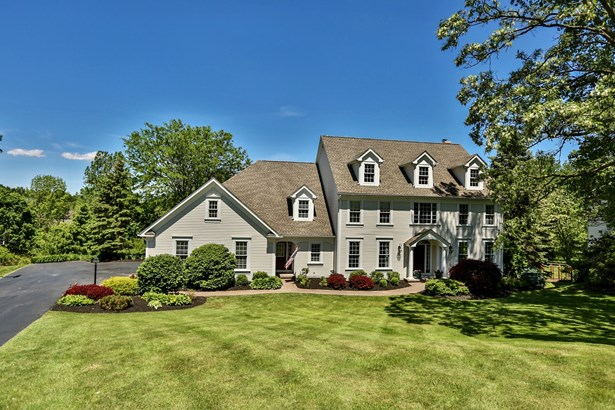 46 Arbor Creek Drive, Pittsford, NY - USA (photo 1)