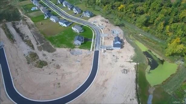 92 Country Village Lane, Parma, NY - USA (photo 4)