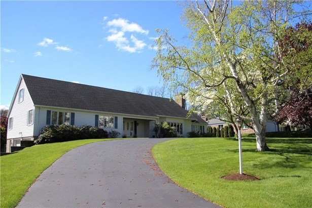 11 Landsdowne Lane, Pittsford, NY - USA (photo 2)