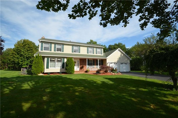 94 Queensland Drive, Gates, NY - USA (photo 1)