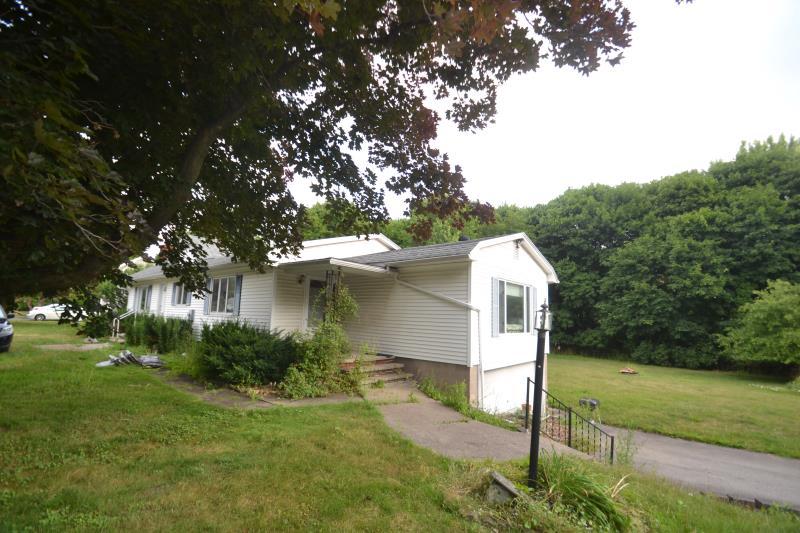 3853 Ridge Road, Williamson, NY - USA (photo 2)