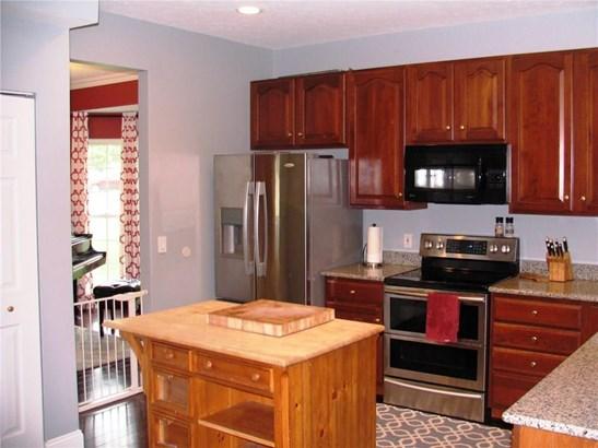 698 Cobblestone, Walworth, NY - USA (photo 5)