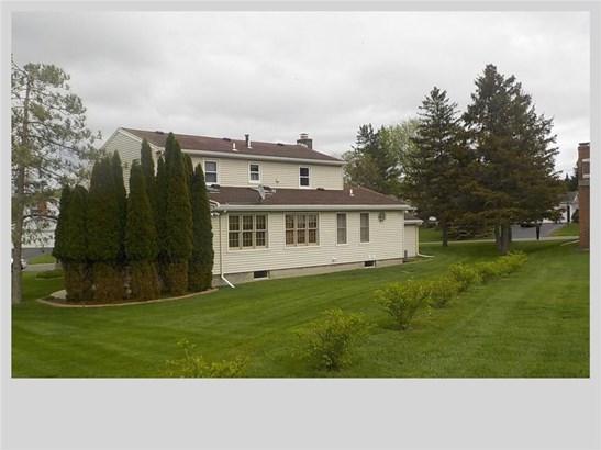 1451 Windsor Circle, Farmington, NY - USA (photo 2)
