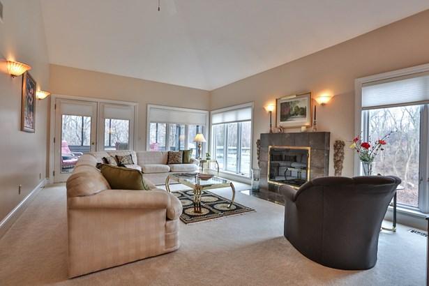 15 Woodcliff Terrace, Perinton, NY - USA (photo 4)
