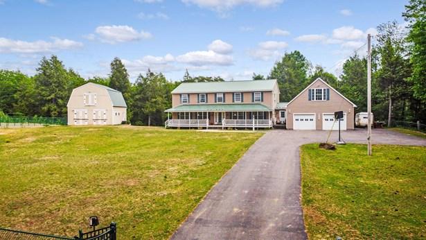 Single Family Residence, Colonial - Gardiner, ME