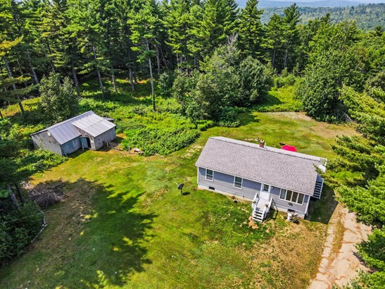 Raised Ranch, Single Family Residence - Fayette, ME