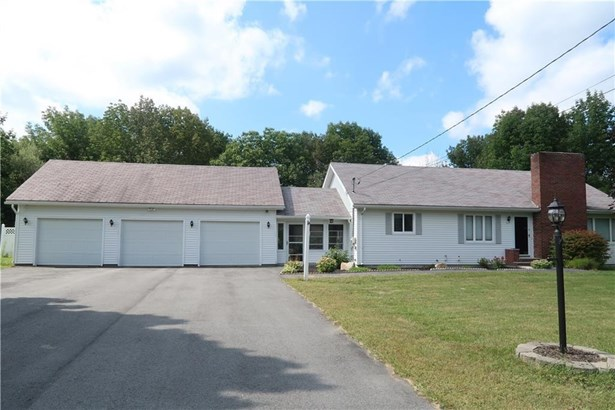 Single Family Residence, Ranch - Litchfield, ME