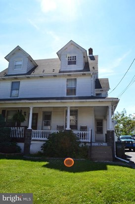 Twin/Semi-Detached, Single Family - RICHLANDTOWN, PA