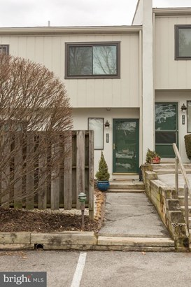 Townhouse, Row/Townhouse - WEST CHESTER, PA