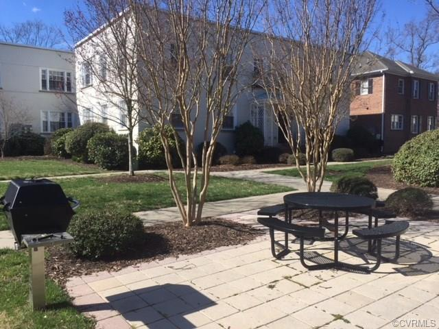Condo/Townhouse, Colonial - Richmond, VA (photo 3)