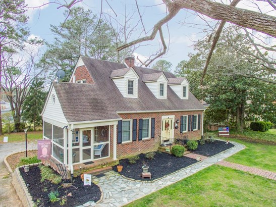 Residential/Vacation, 2 Story - South Hill, VA (photo 2)