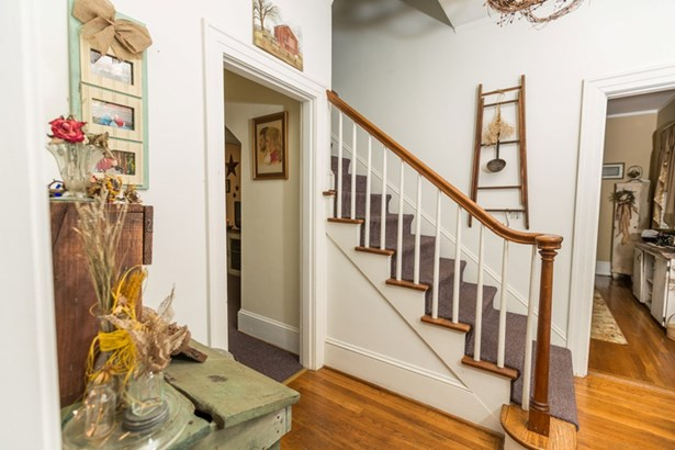 Residential/Vacation, 2 Story - South Hill, VA (photo 3)