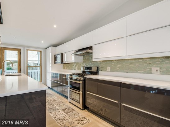 Contemporary, Detached - SILVER SPRING, MD (photo 2)