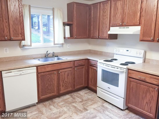 Traditional, Attach/Row Hse - GAITHERSBURG, MD (photo 4)
