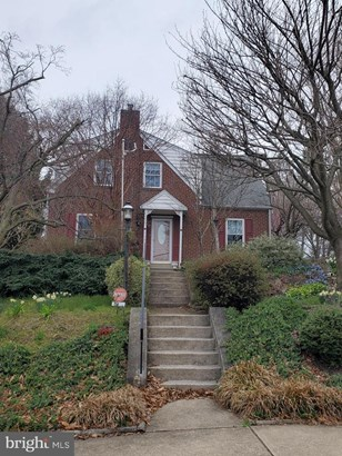 Detached, Single Family - NORRISTOWN, PA