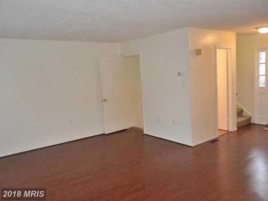 Colonial, Attach/Row Hse - LAUREL, MD (photo 3)