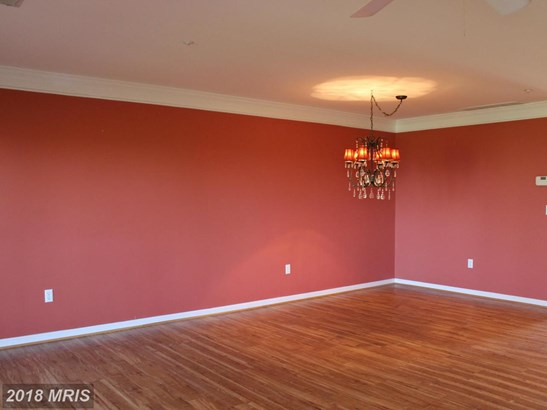 Contemporary, Attach/Row Hse - CHESTER, MD (photo 5)