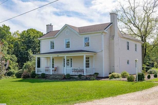 Farm House, Detached - WAYNESBORO, VA