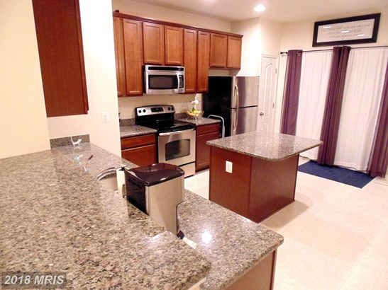 Townhouse, Colonial - HAGERSTOWN, MD (photo 5)