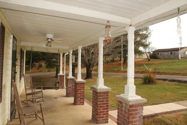 Residential, 2 Story - Hiwassee, VA (photo 3)