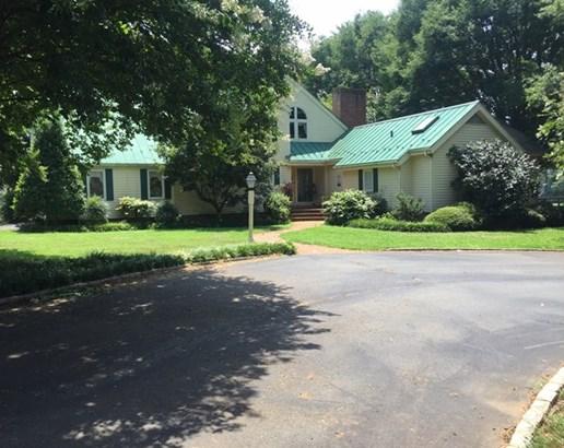 2 Story, Traditional, Single Family - Chase City, VA (photo 1)