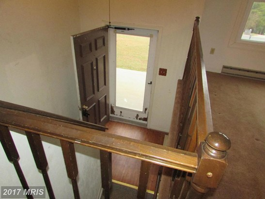 Split Foyer, Detached - MANCHESTER, MD (photo 3)