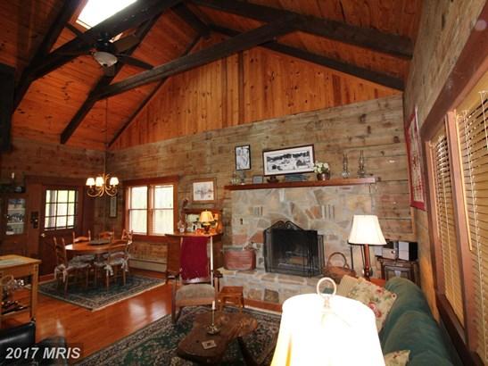 Detached, Log Home - TERRA ALTA, WV (photo 5)
