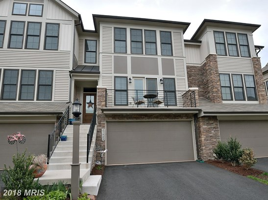 Townhouse, Traditional - ASHBURN, VA