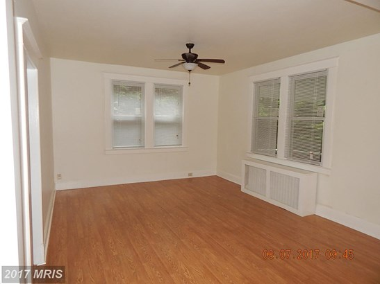 Traditional, Detached - PIKESVILLE, MD (photo 5)