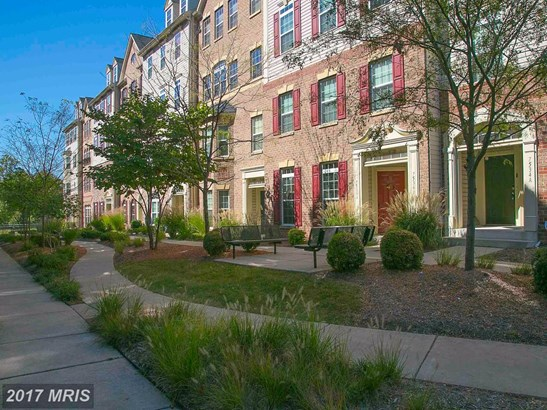 Townhouse, Traditional - HANOVER, MD (photo 2)