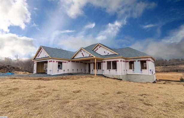 Contemporary, Ranch, Detached - WAYNESBORO, VA (photo 2)