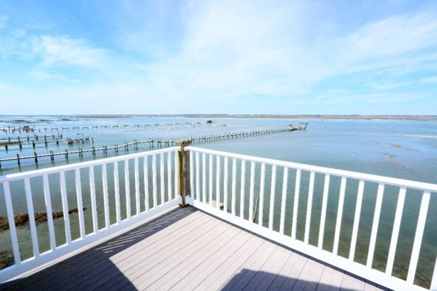 Townhouse, Single Family - Chincoteague, VA (photo 5)