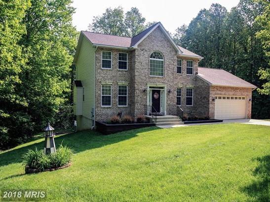 Colonial, Detached - HUNTINGTOWN, MD