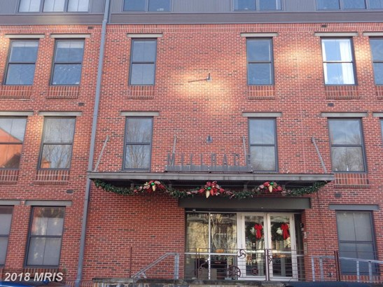 Rancher, Mid-Rise 5-8 Floors - BALTIMORE, MD (photo 2)