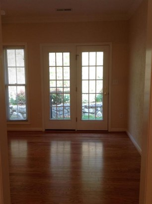Patio Home (Zero), Single Family - Vinton, VA (photo 3)