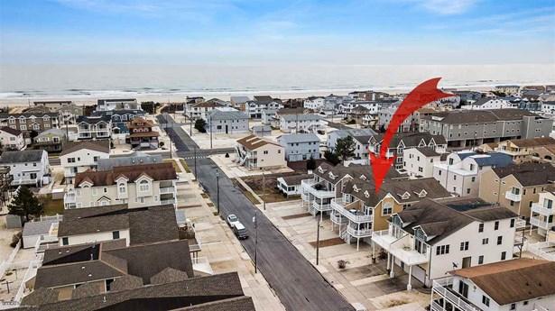 Townhouse - Sea Isle City, NJ (photo 2)