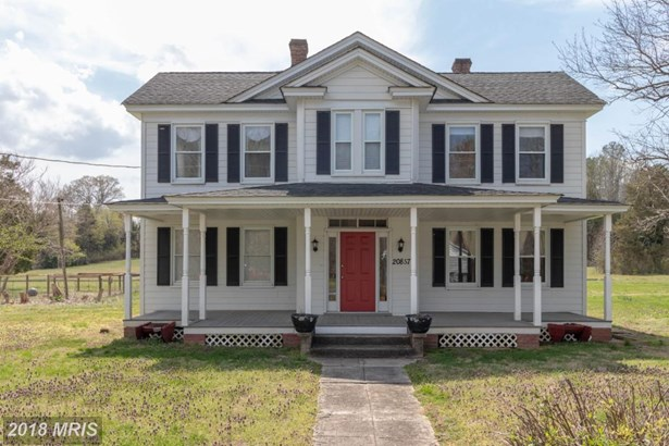 Farm House, Detached - GREAT MILLS, MD (photo 1)