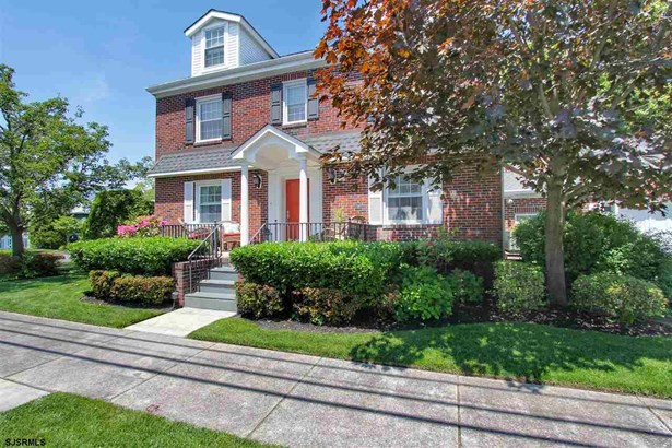 Colonial, Single Family - Margate, NJ