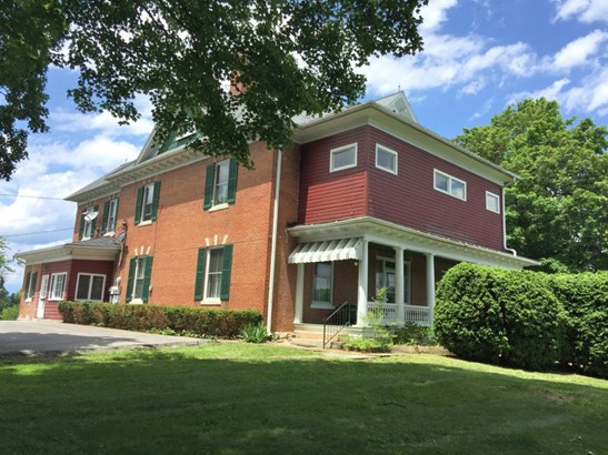 Residential, Colonial - Christiansburg, VA (photo 1)