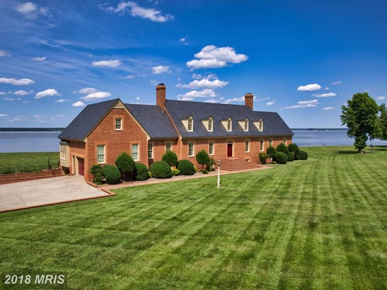 Colonial, Detached - TAPPAHANNOCK, VA (photo 2)