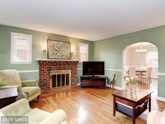 Townhouse, Colonial - TOWSON, MD (photo 2)