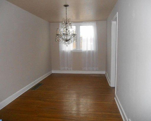 Row/Townhouse, Colonial,AirLite - CLIFTON HEIGHTS, PA (photo 5)