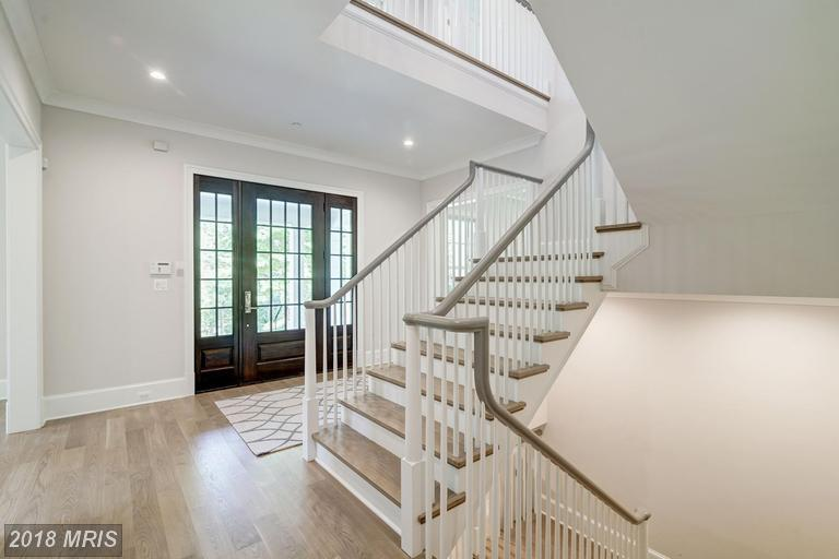 Colonial, Detached - CHEVY CHASE, MD (photo 5)