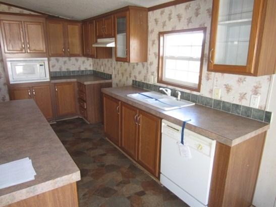 Mobile Home Double, Detached - Hiwassee, VA (photo 4)