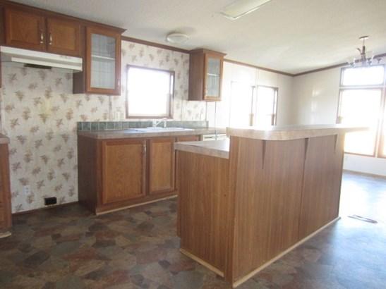 Mobile Home Double, Detached - Hiwassee, VA (photo 5)
