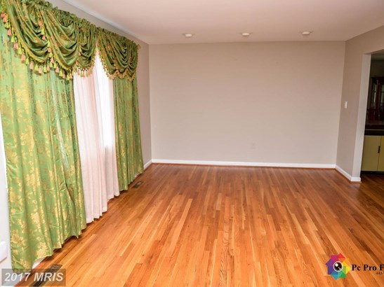 Colonial, Detached - PIKESVILLE, MD (photo 5)