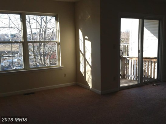 Townhouse, Split Foyer - CHESAPEAKE BEACH, MD (photo 5)
