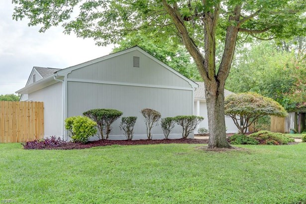 Ranch, Single Family - Hampton, VA (photo 3)